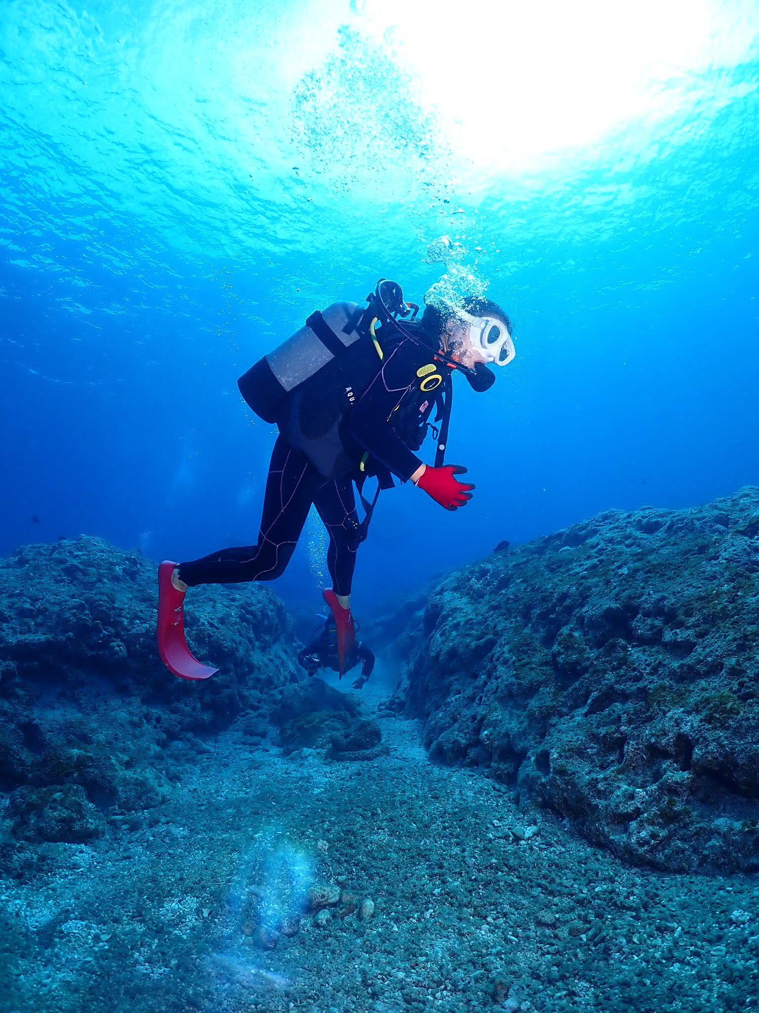カナヅチさんの感動体験ダイビングin座間味島6番崎